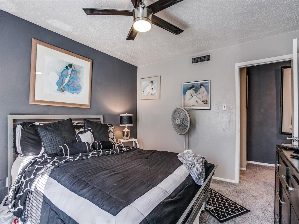 4627 Country Creek Drive, Dallas, Texas 75236 - acquisto real estate best realtor westlake susan cancemi kind realtor of the year