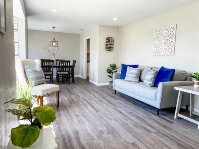 1227 Willow Glen Drive, Dallas, Texas 75232 - acquisto real estate best the colony realtor linda miller the bridges real estate