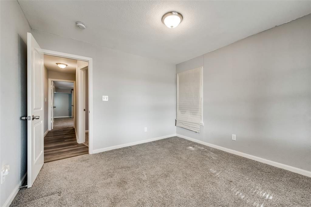 5513 Ramey Avenue, Fort Worth, Texas 76112 - acquisto real estate best listing listing agent in texas shana acquisto rich person realtor