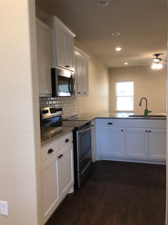 211 Hilre Drive, Sherman, Texas 75092 - acquisto real estate best highland park realtor amy gasperini fast real estate service