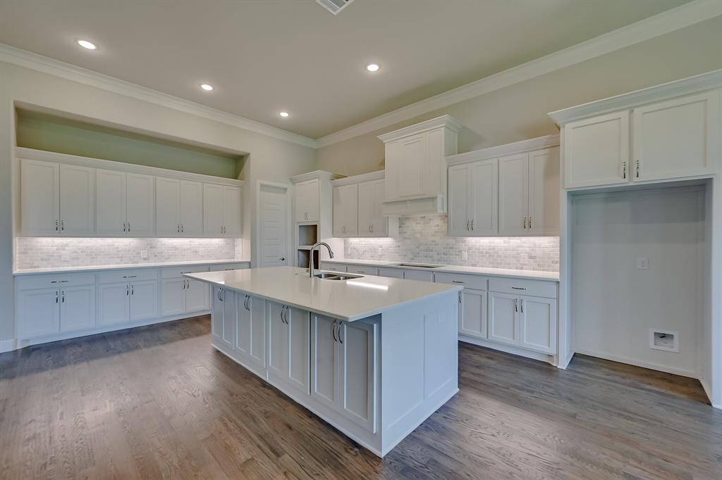 1708 Scarborough Drive, Arlington, Texas 76001 - acquisto real estate best park cities realtor kim miller best staging agent