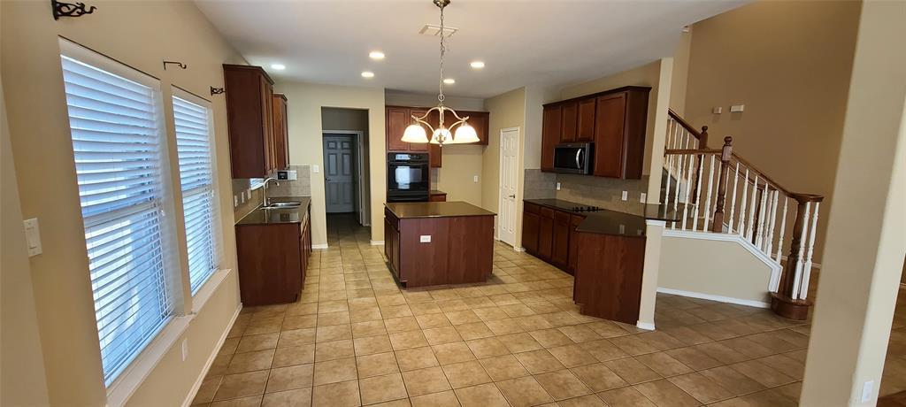 2811 Prado Grand Prairie, Texas 75054 - acquisto real estate best new home sales realtor linda miller executor real estate