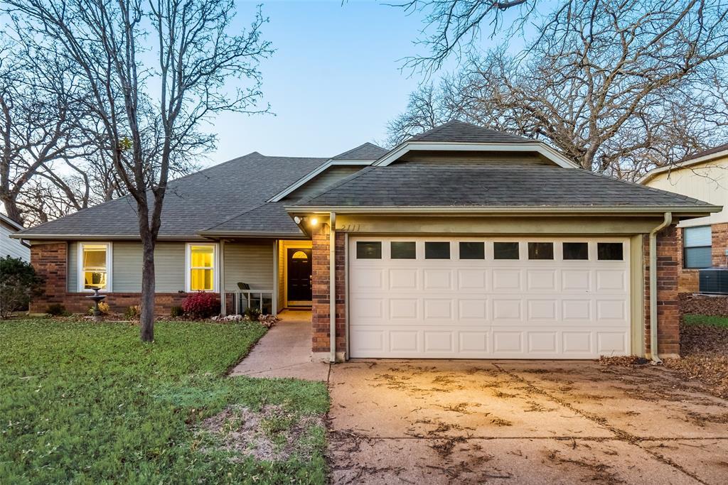 2111 Reverchon Drive, Arlington, Texas 76017 - Acquisto Real Estate best mckinney realtor hannah ewing stonebridge ranch expert