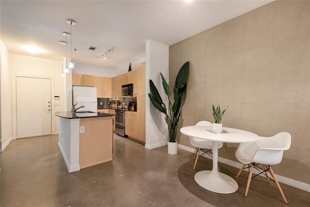 4111 Gilbert Avenue, Dallas, Texas 75219 - acquisto real estate best the colony realtor linda miller the bridges real estate