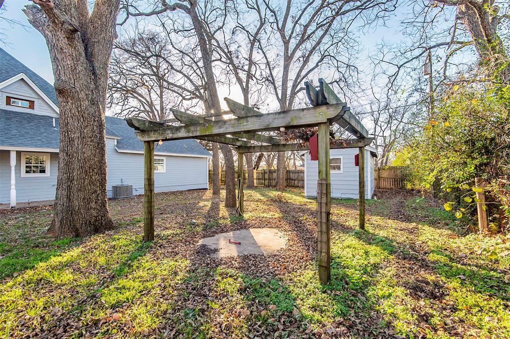 101 20th Street, Joshua, Texas 76058 - acquisto real estate best realtor dfw jody daley liberty high school realtor
