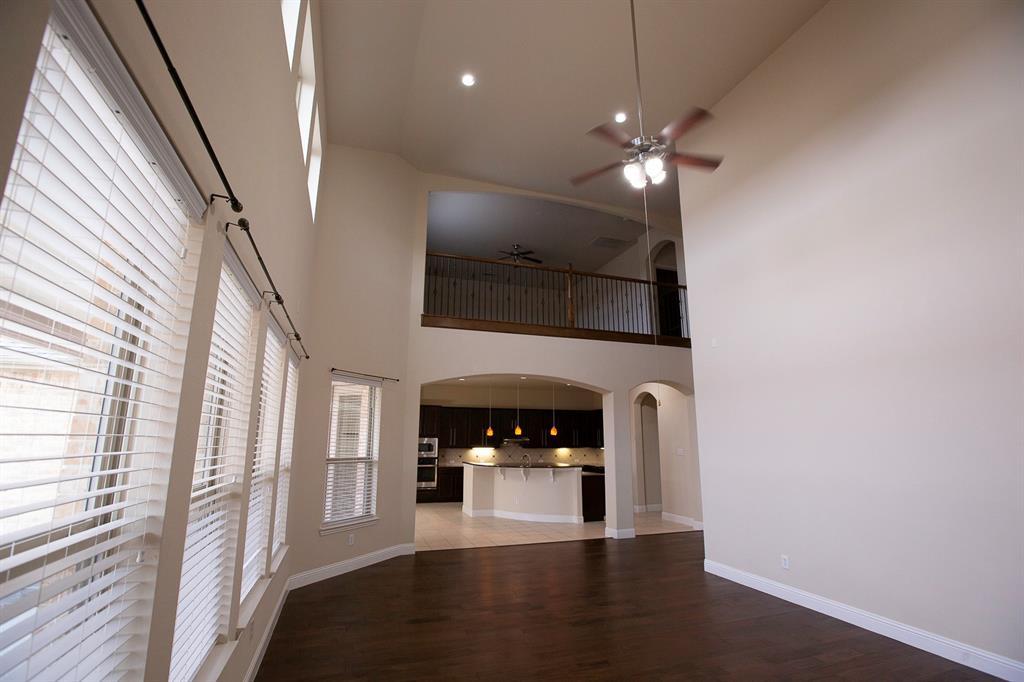 457 Rockshire Drive, Sunnyvale, Texas 75182 - acquisto real estate best negotiating realtor linda miller declutter realtor