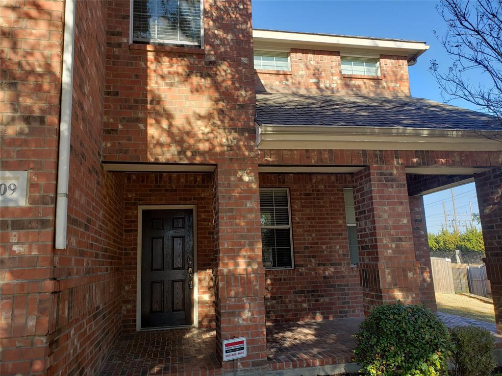 10909 Nantucket Drive, Rowlett, Texas 75089 - acquisto real estate best listing agent in the nation shana acquisto estate realtor
