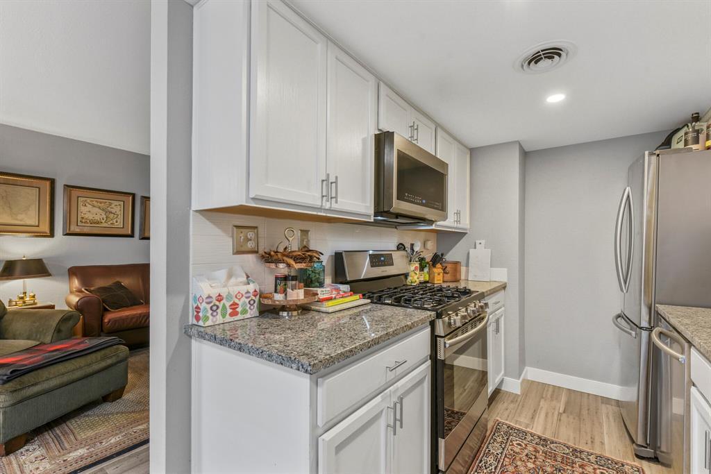 15914 Stillwood Street, Dallas, Texas 75248 - acquisto real estate best listing agent in the nation shana acquisto estate realtor