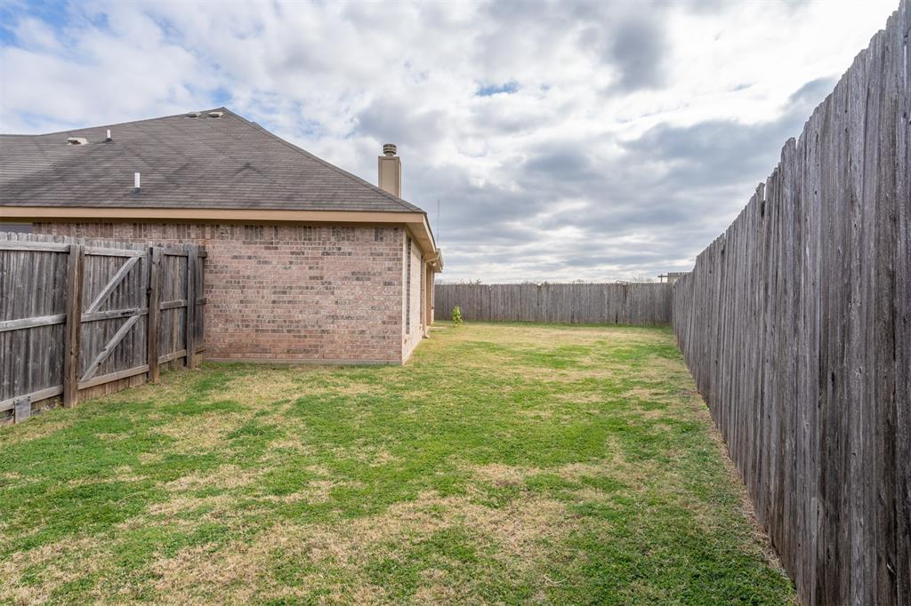 1000 Jenny Drive, Keene, Texas 76031 - acquisto real estate best frisco real estate agent amy gasperini panther creek realtor