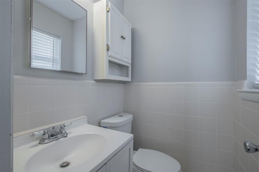 1317 Crockett Street, Garland, Texas 75040 - acquisto real estate best luxury buyers agent in texas shana acquisto inheritance realtor