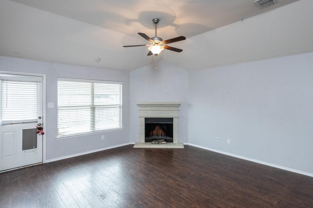 1337 Shelley Drive, Burleson, Texas 76028 - acquisto real estate best designer and realtor hannah ewing kind realtor