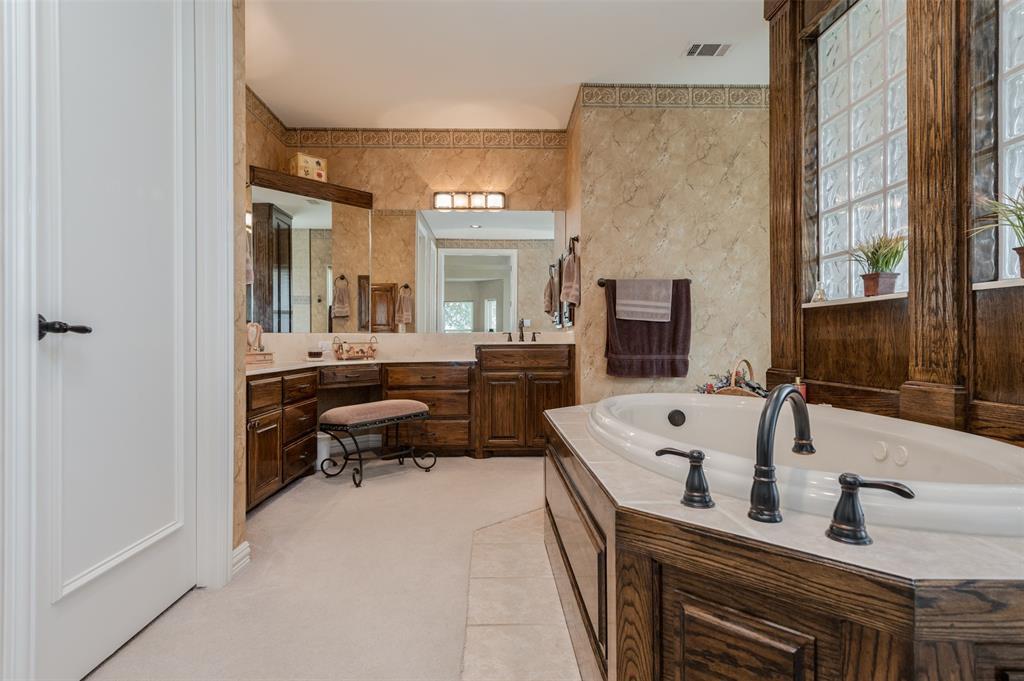 626 Scoggins  Road, Tioga, Texas 76271 - acquisto real estate best photos for luxury listings amy gasperini quick sale real estate