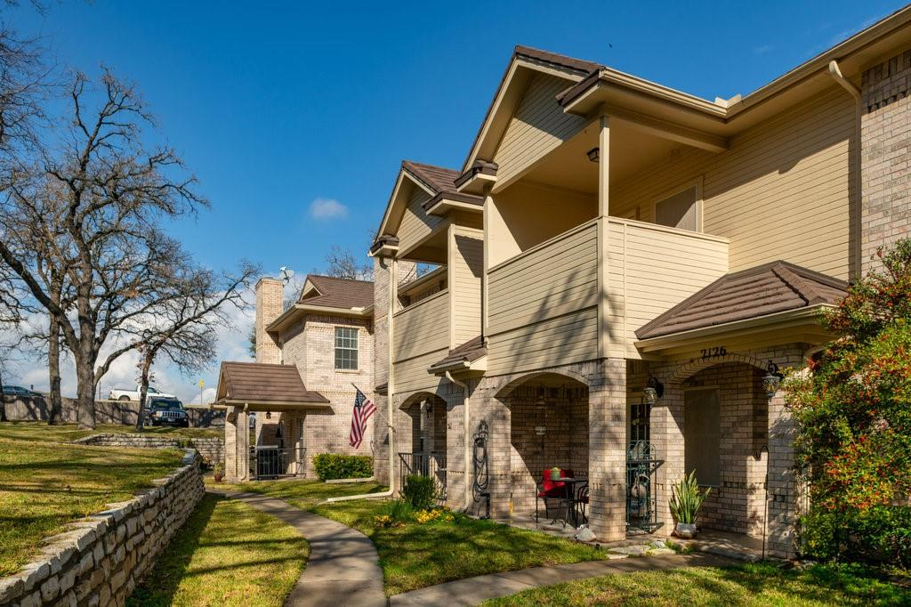 2126 Lakeforest Drive, Weatherford, Texas 76087 - acquisto real estate best flower mound realtor jody daley lake highalands agent of the year