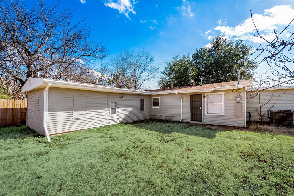 5513 Ramey Avenue, Fort Worth, Texas 76112 - acquisto real estate best frisco real estate agent amy gasperini panther creek realtor