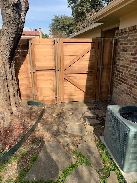 3002 Modella Avenue, Dallas, Texas 75229 - acquisto real estate smartest realtor in america shana acquisto