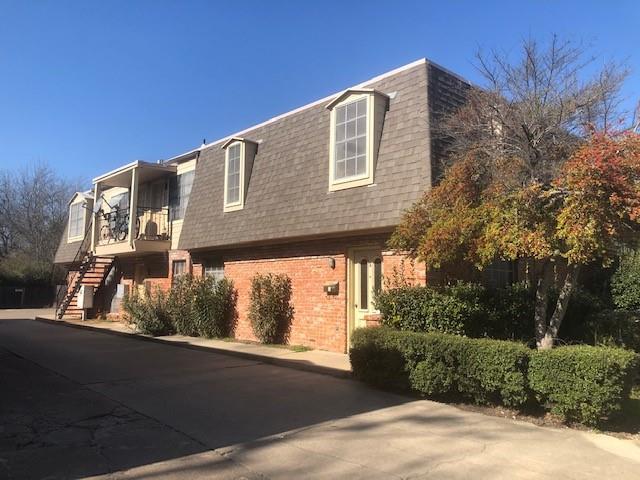 919 Elm Street, Denton, Texas 76201 - Acquisto Real Estate best plano realtor mike Shepherd home owners association expert
