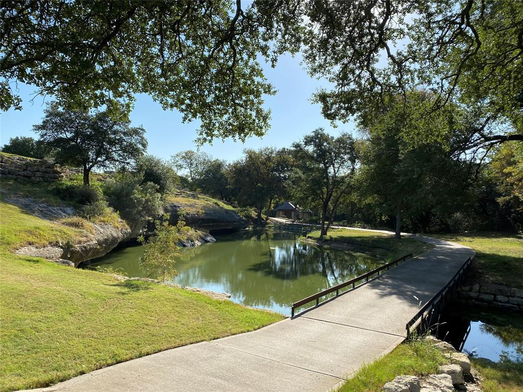 8449 Bruntsfield Loop Drive, Cleburne, Texas 76033 - acquisto real estate best park cities realtor kim miller best staging agent