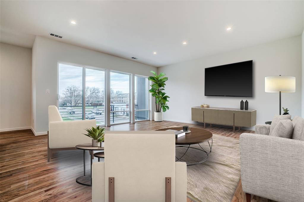 4202 Roseland Avenue, Dallas, Texas 75204 - acquisto real estate best prosper realtor susan cancemi windfarms realtor