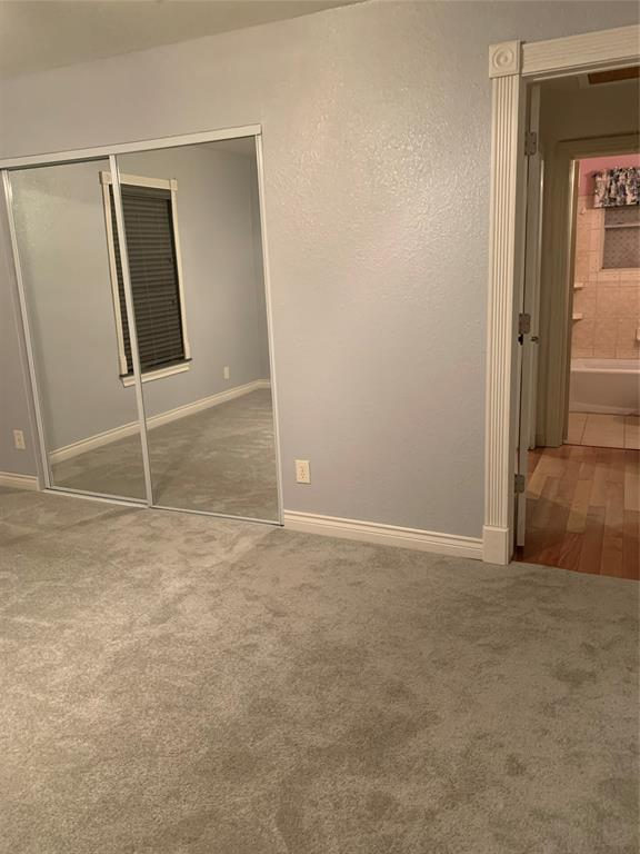 611 Worthview Drive, River Oaks, Texas 76114 - acquisto real estate best celina realtor logan lawrence best dressed realtor