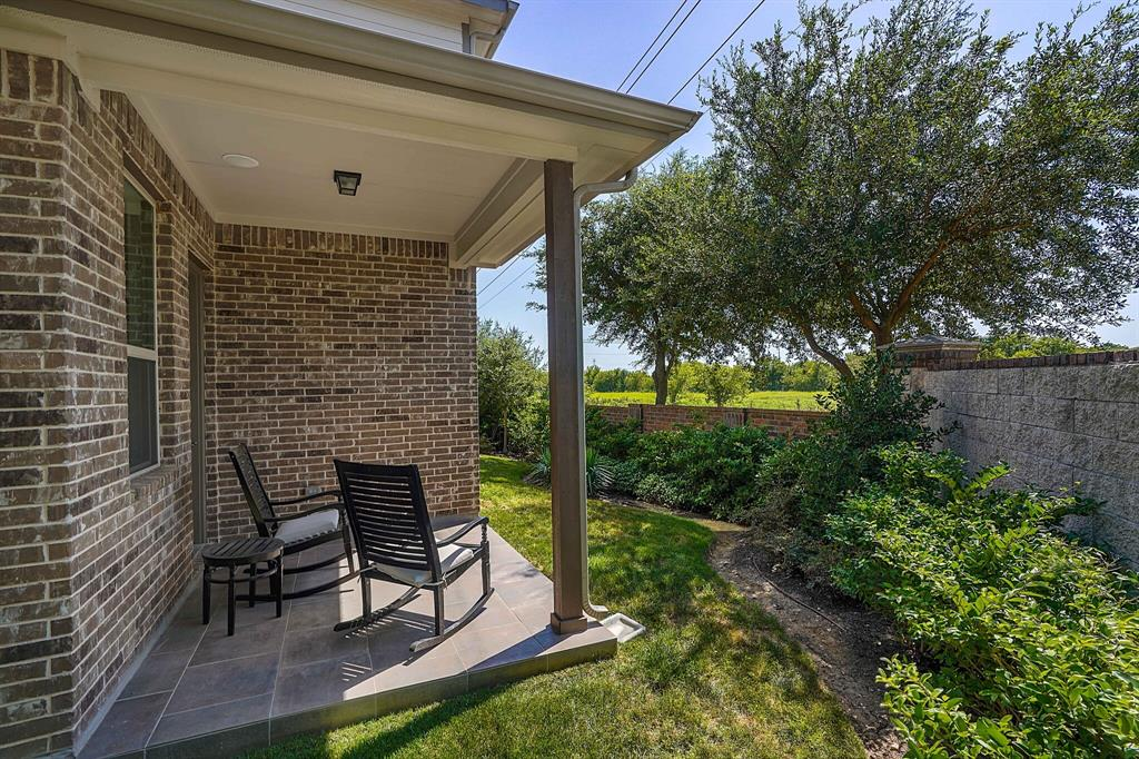 9929 Chrysalis  Drive, Fort Worth, Texas 76131 - acquisto real estate best plano real estate agent mike shepherd