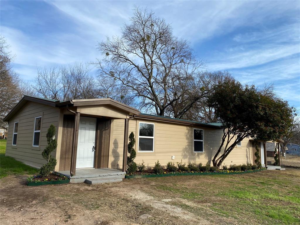 21 Park Lane, Gainesville, Texas 76240 - Acquisto Real Estate best frisco realtor Amy Gasperini 1031 exchange expert