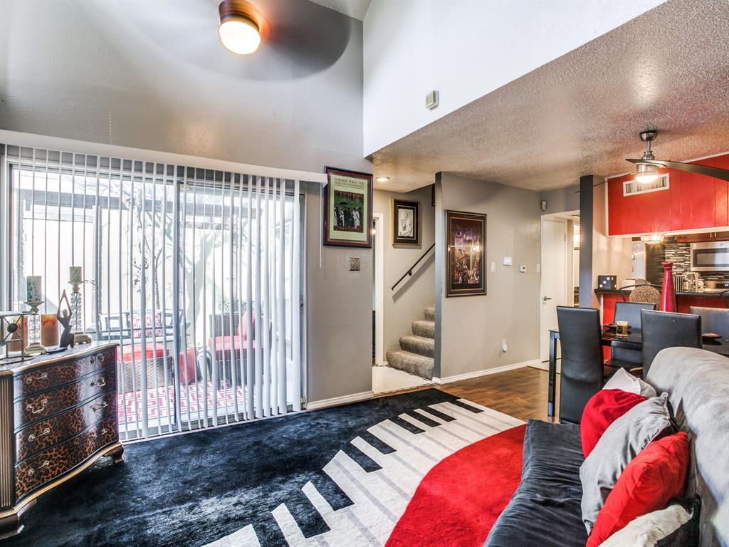 4627 Country Creek Drive, Dallas, Texas 75236 - acquisto real estate best highland park realtor amy gasperini fast real estate service