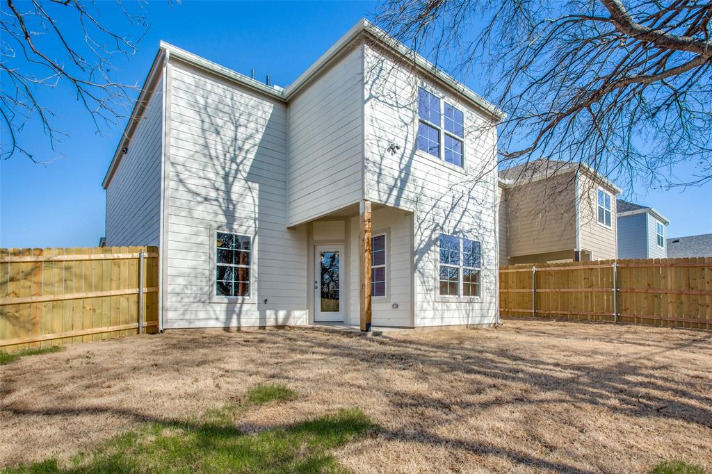 636 River Garden Drive, Fort Worth, Texas 76114 - acquisto real estate best frisco real estate agent amy gasperini panther creek realtor