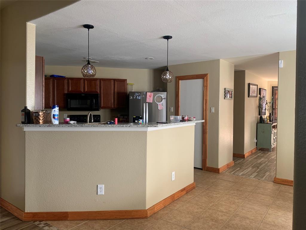 513 Paddle Drive, Crowley, Texas 76036 - acquisto real estate best prosper realtor susan cancemi windfarms realtor