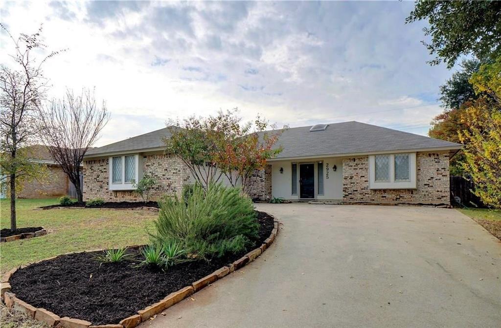 2925 Red Bird Lane, Grapevine, Texas 76051 - Acquisto Real Estate best frisco realtor Amy Gasperini 1031 exchange expert