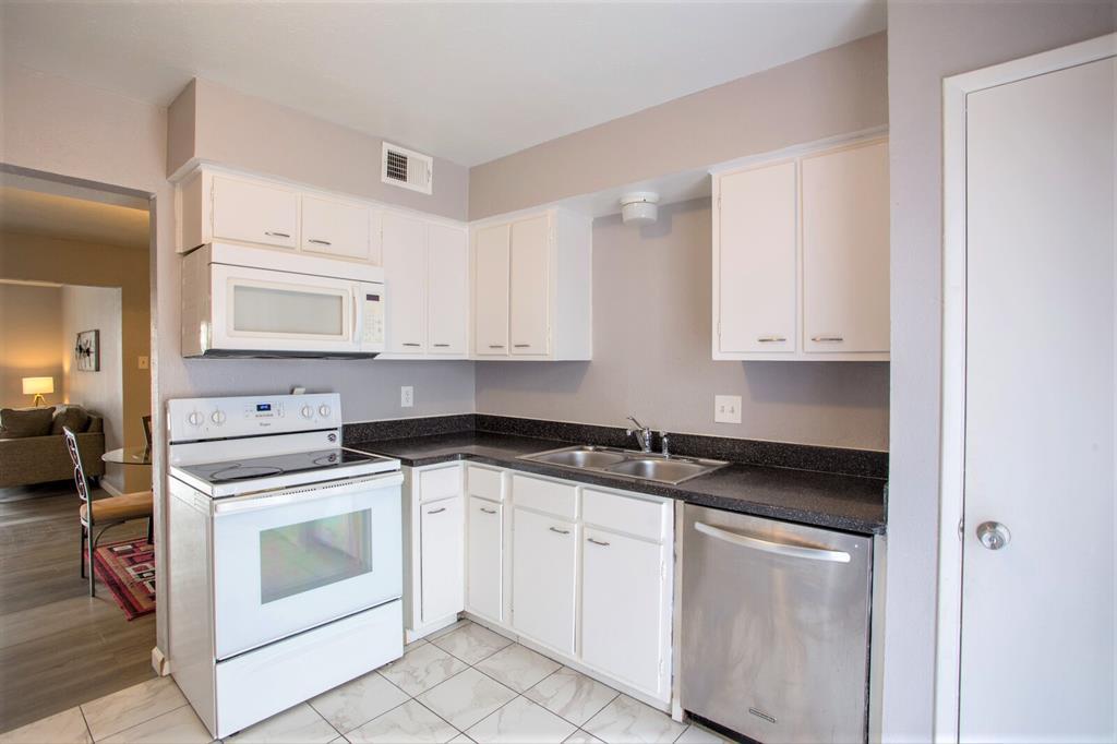 8055 Meadow  Road, Dallas, Texas 75231 - acquisto real estate best luxury buyers agent in texas shana acquisto inheritance realtor