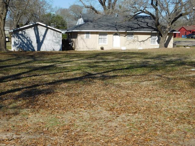 942 Commerce Buffalo, Texas 75831 - acquisto real estate best listing agent in the nation shana acquisto estate realtor