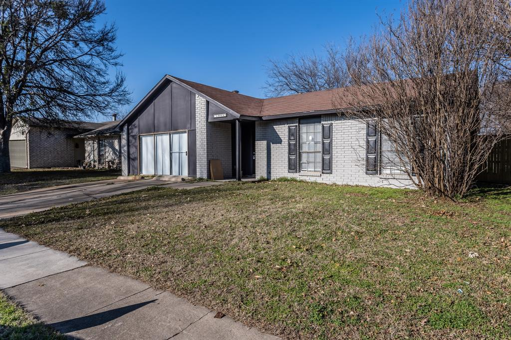 4009 Longstraw Drive, Fort Worth, Texas 76137 - Acquisto Real Estate best plano realtor mike Shepherd home owners association expert
