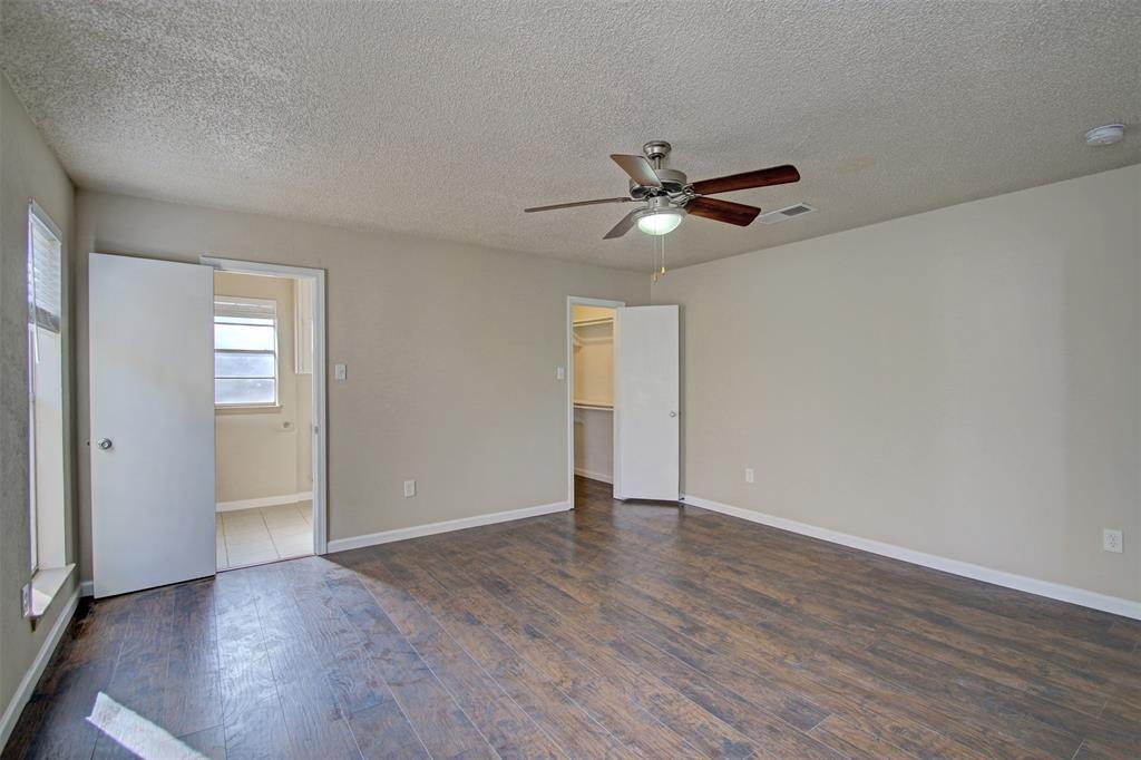 1718 Briar Meadow Drive, Arlington, Texas 76014 - acquisto real estate best highland park realtor amy gasperini fast real estate service