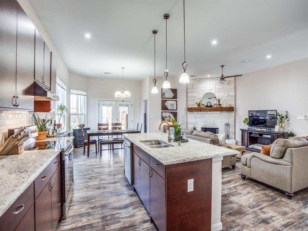 3303 Poinsettia Drive, Dallas, Texas 75211 - acquisto real estate best new home sales realtor linda miller executor real estate