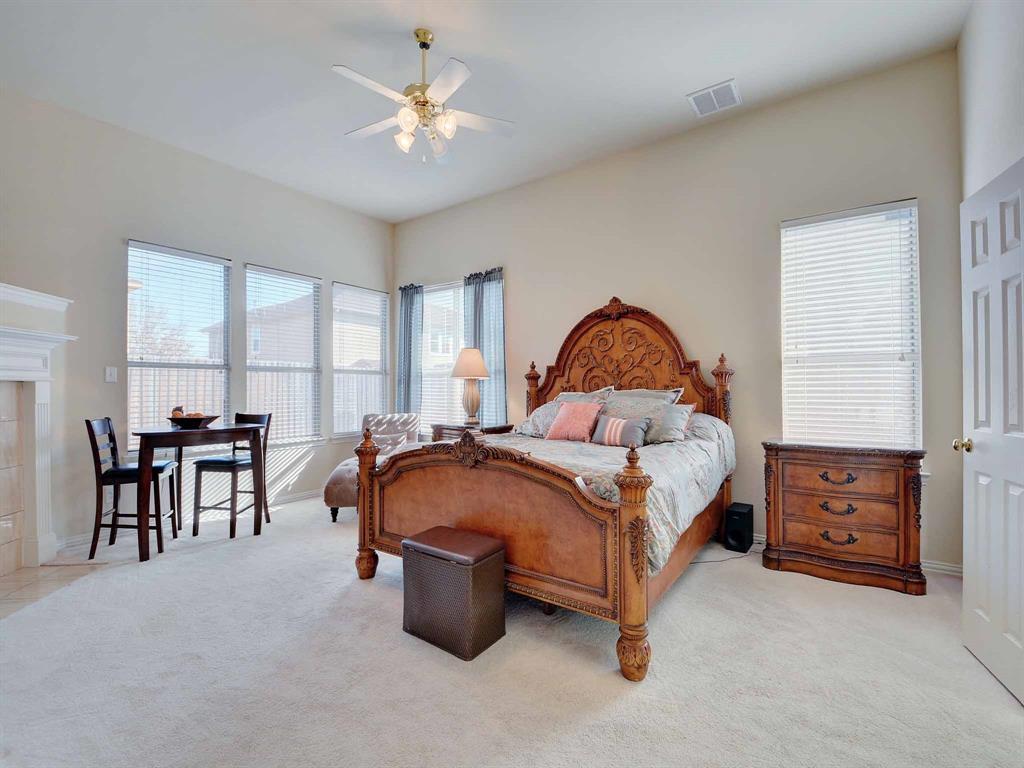 616 Daisy Drive, DeSoto, Texas 75115 - acquisto real estate best realtor foreclosure real estate mike shepeherd walnut grove realtor