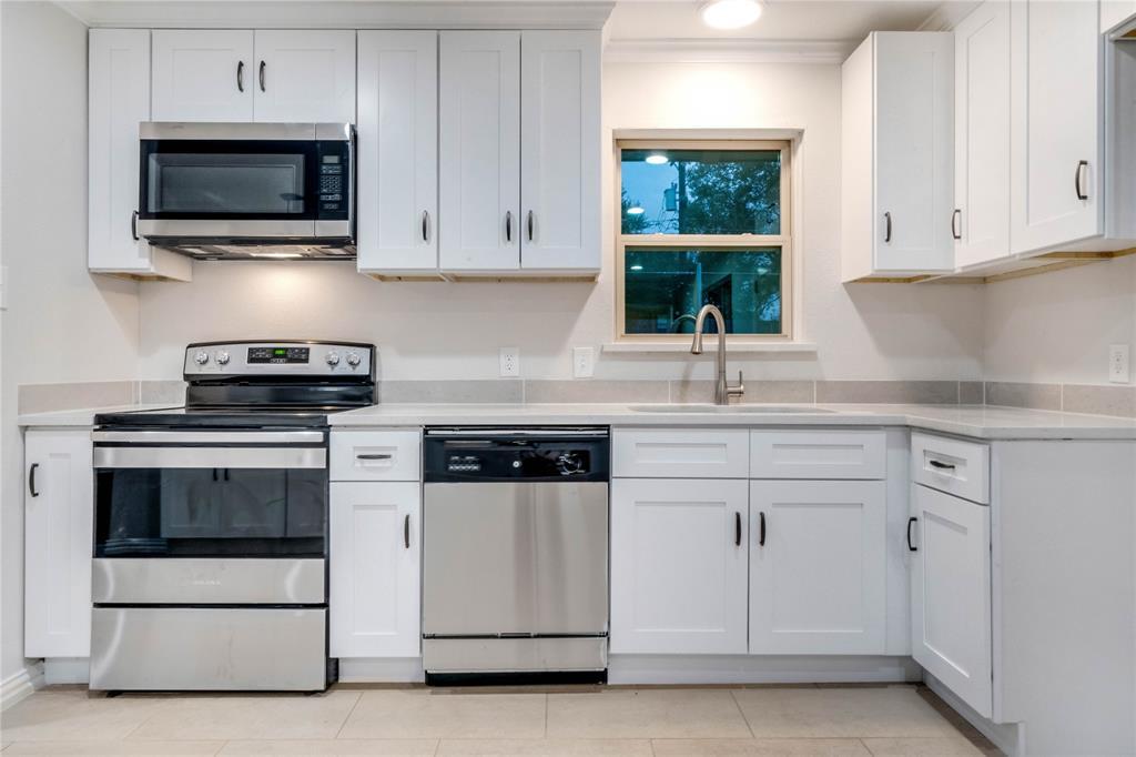 1805 Viewcrest Drive, Dallas, Texas 75228 - acquisto real estate best listing listing agent in texas shana acquisto rich person realtor