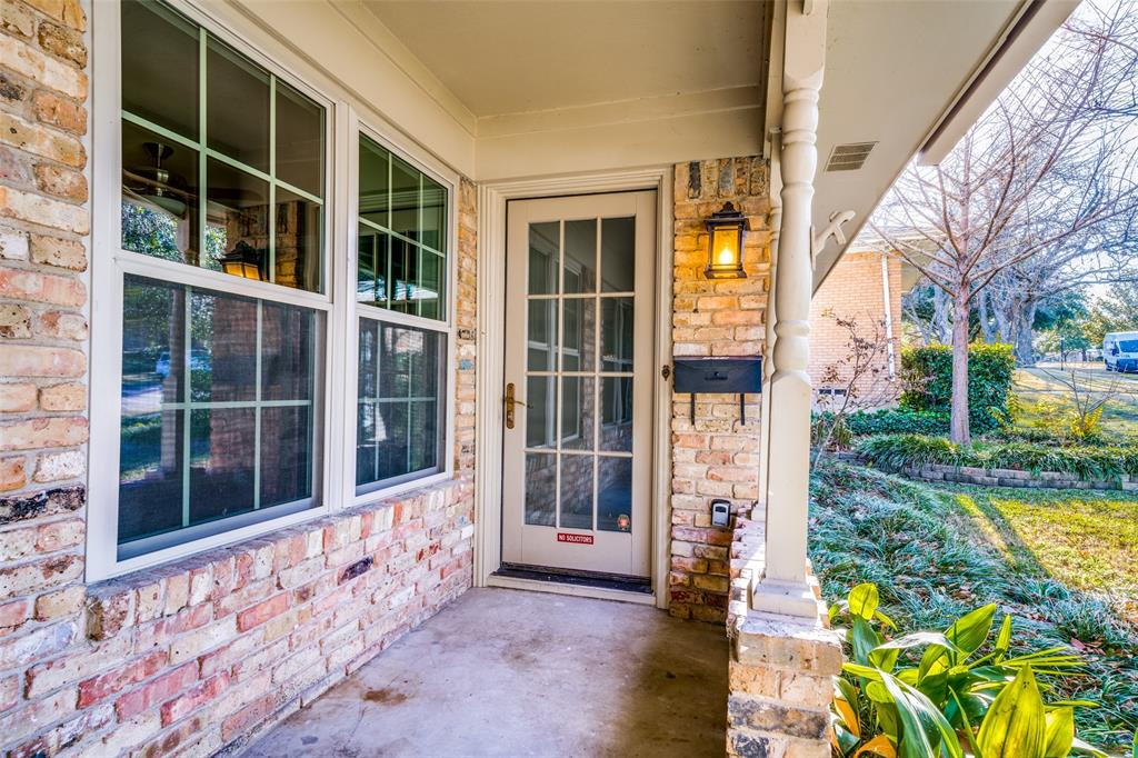 7014 Kingsbury Drive, Dallas, Texas 75231 - acquisto real estate best the colony realtor linda miller the bridges real estate