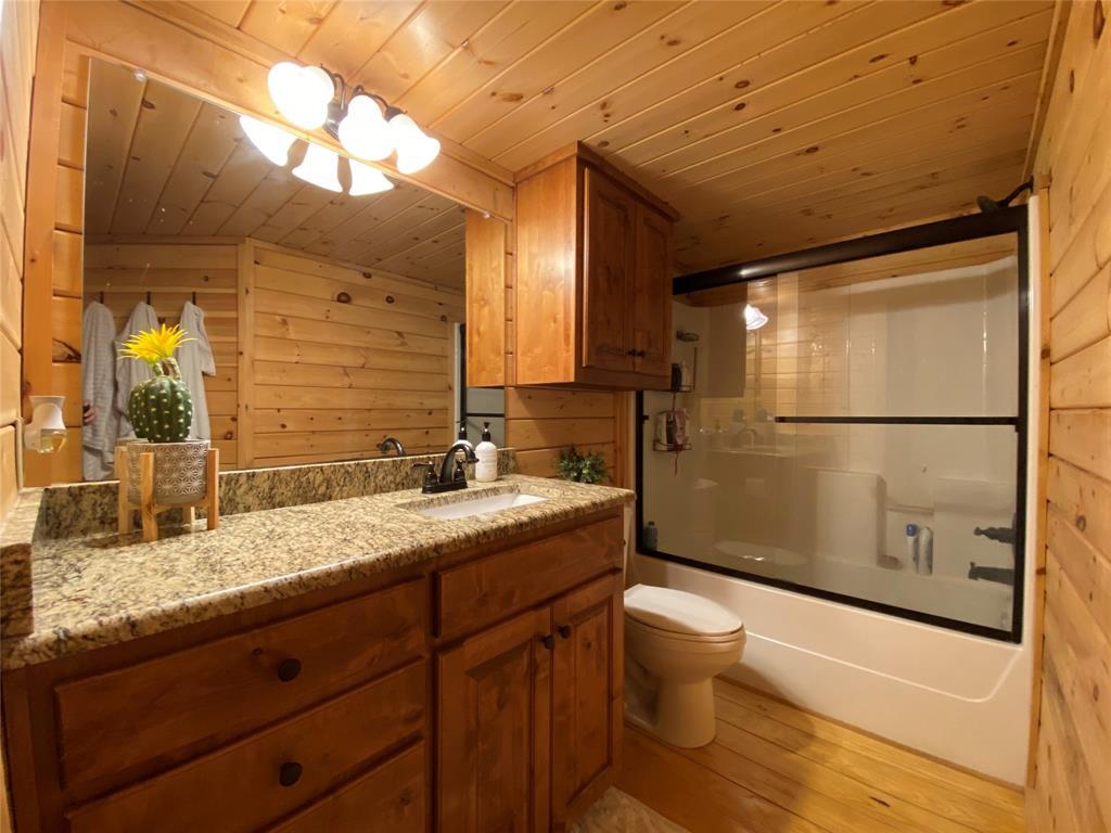 8449 Bruntsfield Loop Drive, Cleburne, Texas 76033 - acquisto real estate best new home sales realtor linda miller executor real estate