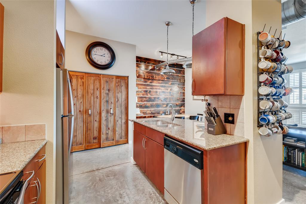 201 Lancaster Avenue, Fort Worth, Texas 76102 - acquisto real estate best listing listing agent in texas shana acquisto rich person realtor