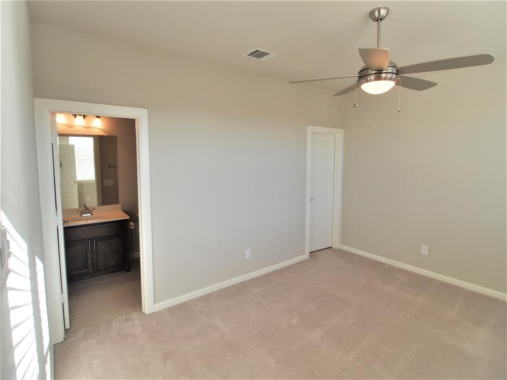 4000 Lemon Grass Way, Arlington, Texas 76005 - acquisto real estate best negotiating realtor linda miller declutter realtor
