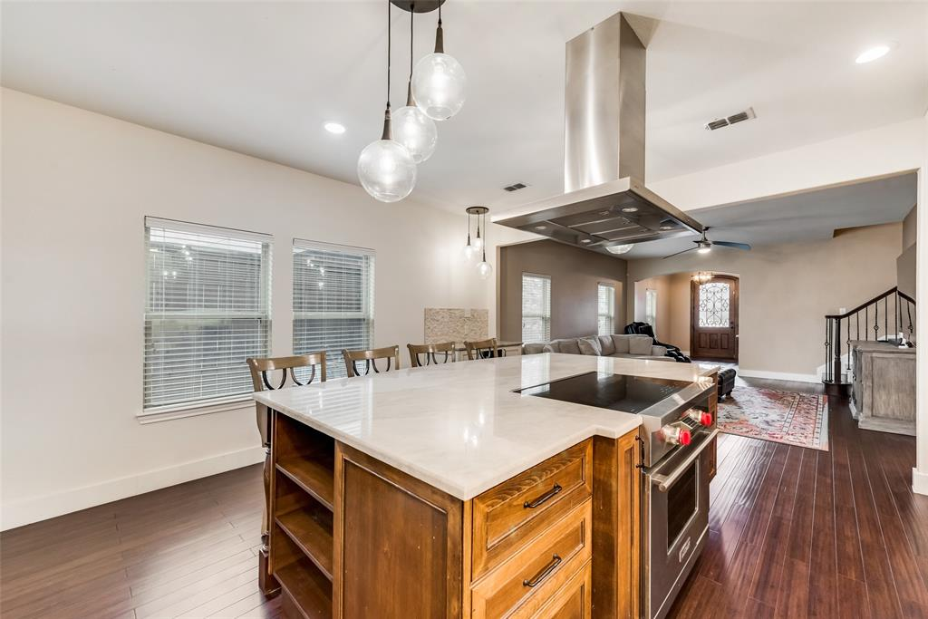5568 Thunder Bay Drive, Fort Worth, Texas 76119 - acquisto real estate best real estate company to work for