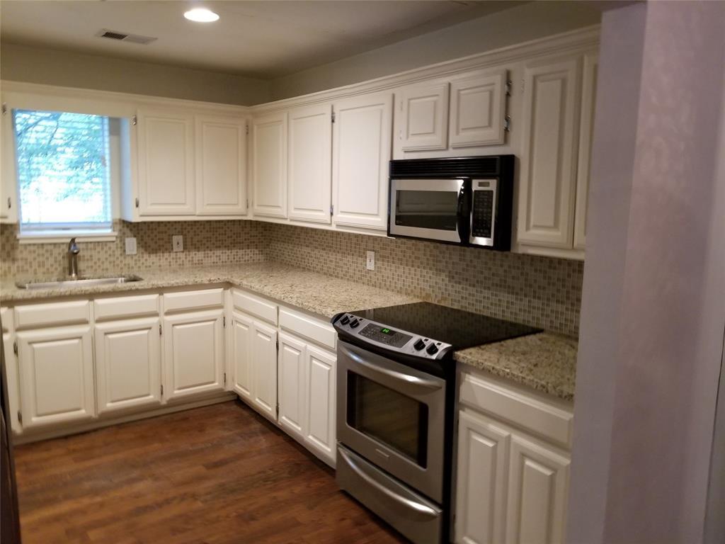 3906 Buena Vista Street, Dallas, Texas 75204 - acquisto real estate best the colony realtor linda miller the bridges real estate