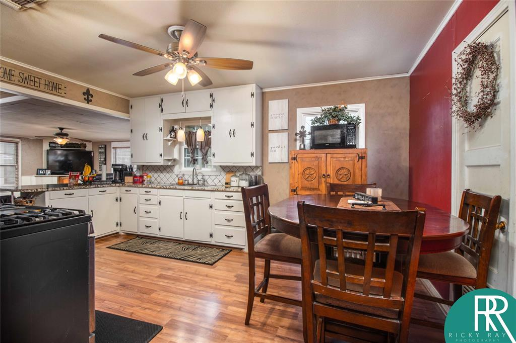 2210 Berkley Street, Brownwood, Texas 76801 - acquisto real estate best the colony realtor linda miller the bridges real estate
