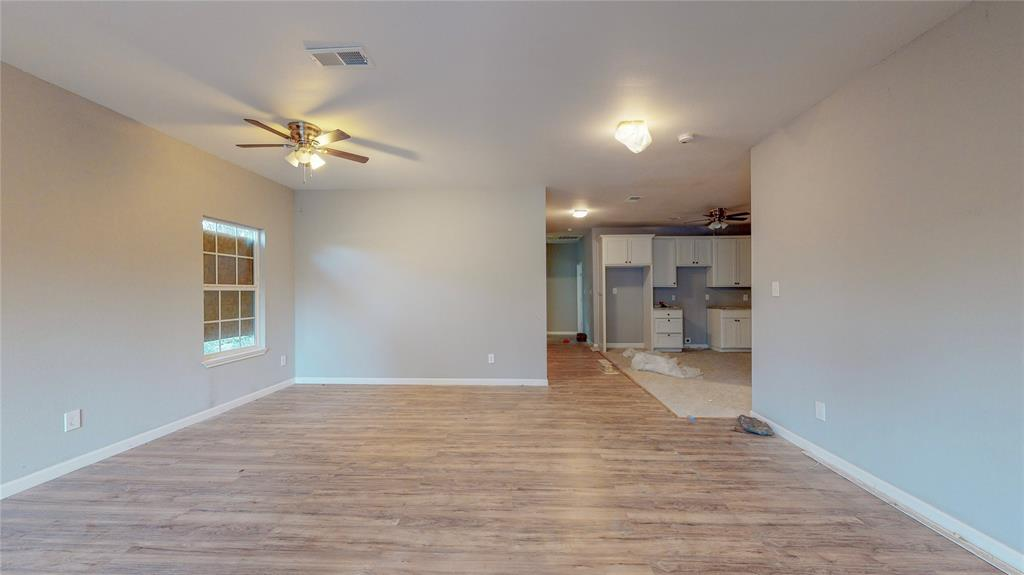 4835 Burnside Avenue, Dallas, Texas 75216 - acquisto real estate best prosper realtor susan cancemi windfarms realtor