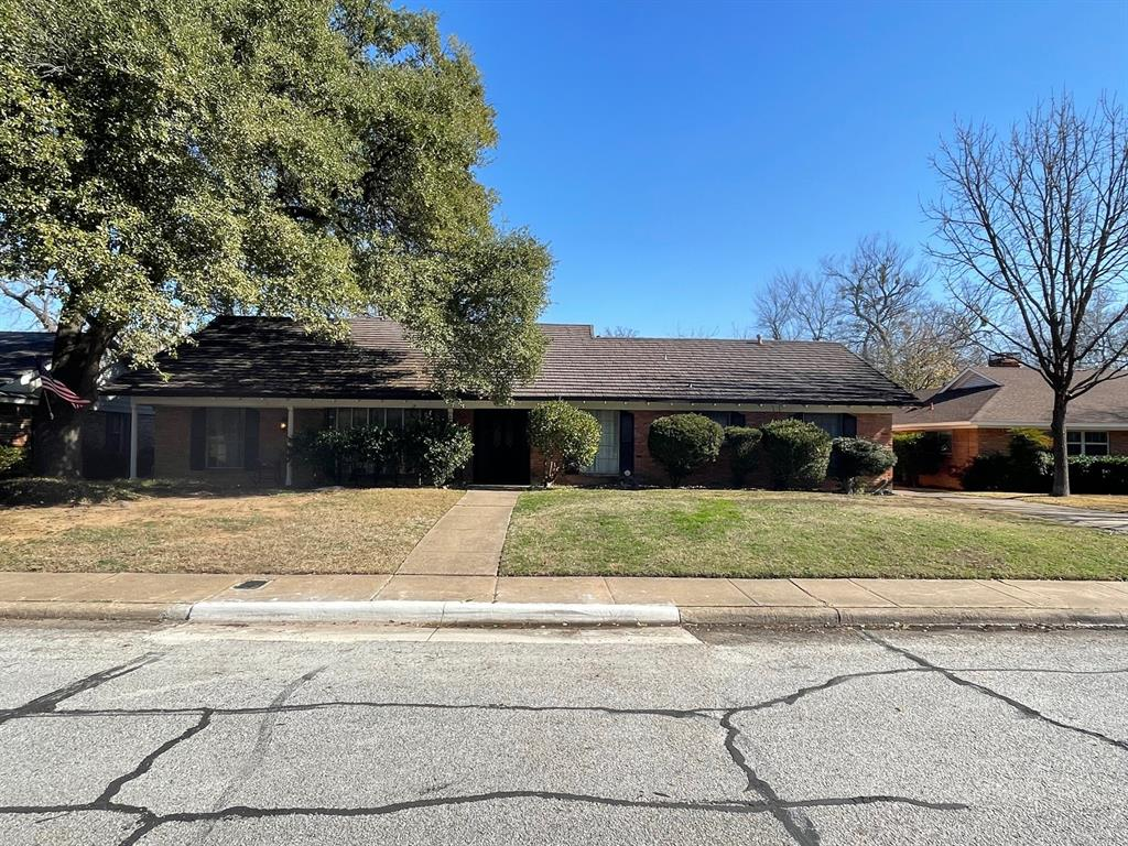 1708 Post Oak Drive, Irving, Texas 75061 - Acquisto Real Estate best frisco realtor Amy Gasperini 1031 exchange expert