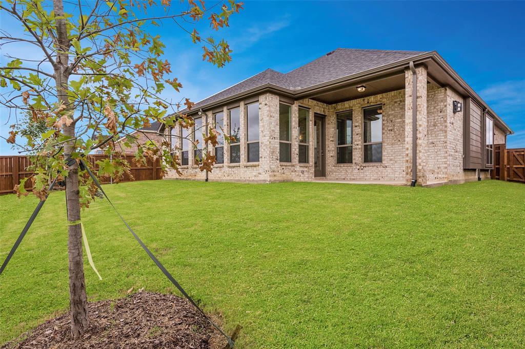 11359 Misty Ridge Drive, Flower Mound, Texas 76262 - acquisto real estate best negotiating realtor linda miller declutter realtor