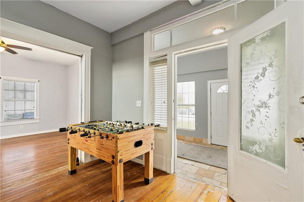 719 Elsbeth Street, Dallas, Texas 75208 - acquisto real estate best the colony realtor linda miller the bridges real estate