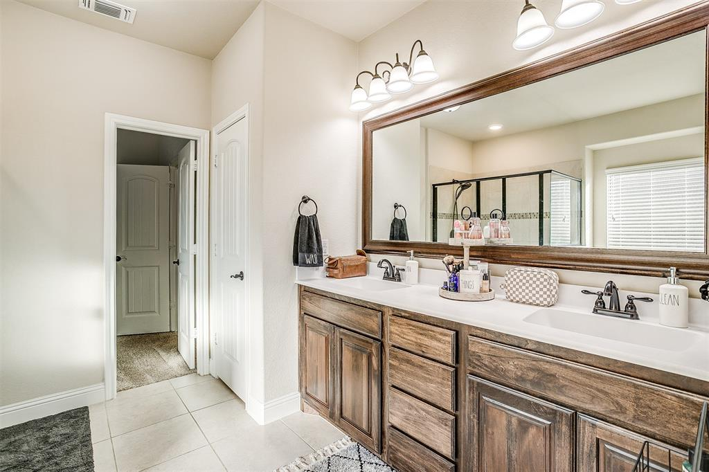 5113 Chisholm View Drive, Fort Worth, Texas 76123 - acquisto real estate best frisco real estate agent amy gasperini panther creek realtor