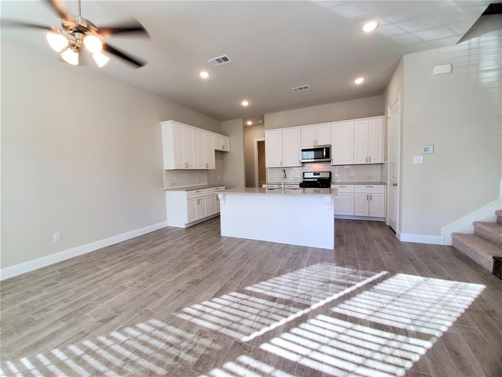 2208 Epitome Avenue, Flower Mound, Texas 75028 - acquisto real estate best prosper realtor susan cancemi windfarms realtor