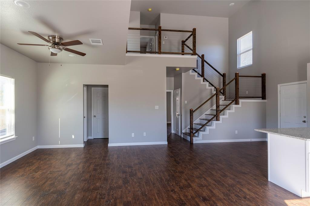 5025 Chapman Street, Fort Worth, Texas 76105 - acquisto real estate best highland park realtor amy gasperini fast real estate service